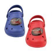 Zuecos de goma de Cars Disney...: http://www.pequenosgigantes.es/pequenosgigantes/4568520/zuecos-playa-piscina-de-cars.html
