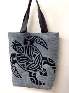 Honu purse