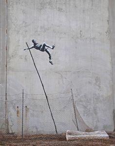 Banksy reaparece com duas novas artes para os Jogos Olímpicos 2012