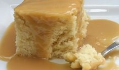 Recette : Gâteau blanc de maman et sa sauce au caramel. Whole Food Recipes, Cake Recipes, Dessert Recipes, Cooking Recipes, Cake Ingredients, Homemade Tacos, Homemade Taco Seasoning, Sauce Au Caramel, Honey
