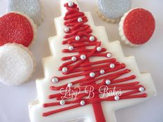Lizy B: Homespun Christmas Tree Cookie