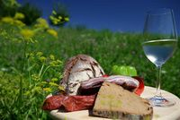 Jause Austrian Food, Austrian Recipes, Alps, Regional, Cheese, Spaces, Mountains, Nature