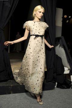 Vestidos de novia (Inspiración) // Wedding dress (Inspiration) Precioso vestido de novia por Valentino #vestidosdenovia #noviatrendy #valentino