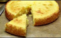 DÉLICIEUX ! Si vous avez envie d'un gâteau au citron qui soit à la fois aussi succulent que moelleux, empressez-vous de découvrir et de faire l'essai de cette recette. Elle se prépare si facilement qu'il est impossible de la rater. Pour concocter ce savoureux dessert, il vous faudra les ingrédients que voici : 125g de …
