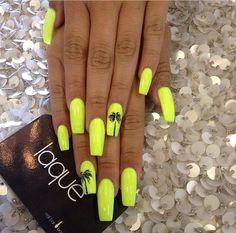 Nails, manicure, tips, acrylic, nail salon @laquenailsalon