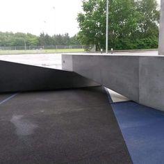 Vi har lavet de mange specialfremstillede betonelementer til området foran Bjerringbro Idrætspark Aarhus