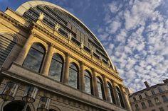 Golden Hour National Opera of Lyon http://ift.tt/2nfLJCO
