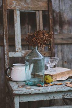 Про старый стул…© Larkina Liliya Still Life Photos, Still Life Art, Outdoor Photography, Food Photography, Painting Corner, Big Photo, Drawing Lessons, Still Life Photography, Dried Flowers