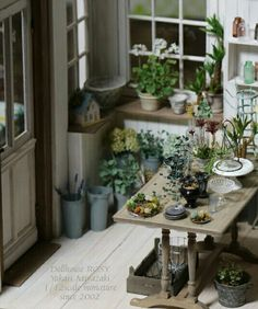 Miniature flower shop in 1:12 scale by Rosy
