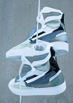 e785afddcba5 Retournez vers le futur avec les sneakers futuristes qui déboulent sur le  marché ! 88 miles