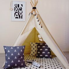 Teepees are a great way to encourage imaginative play! Our largesize teepee is made from 100% unbleached cotton and has 5 poles and 5 sides each measuring 1 metre.  This size is ideal forserious playtime or 2 little ones :)  Pole length: 184cm  Height: 170cm  Insideheight: 130cm  Sides: 1m square  Longest diagonal: 160cm
