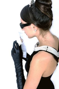 the breakfast at tiffany's costume set