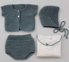 Baby Knitting Patterns, Knitting For Kids, Baby Patterns, Knitted Baby Clothes, Knitted Hats, Baby Barn, Diy Bebe, Baby Vest, Baby Kind