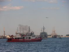 HMCS Goose Bay (MM 707),  El Galeon and Wm Lyon Mackenzie