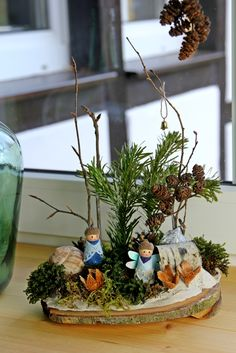 Kathi Pirati: Basteln mit Naturmaterial: Moosgärtchen – Keep up with the times. Cheap Fall Crafts For Kids, Easy Fall Crafts, Diy For Kids, Sand Crafts, Nature Crafts, Christmas Tea, Christmas Crafts, Animals Tattoo, Easter Garden