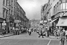 Dublin,_1955_King_Street_South_from_St_Stephen's_Green_geograph-3772643-by-Ben-Brooksbank.jpg 2,330×1,574 pixels