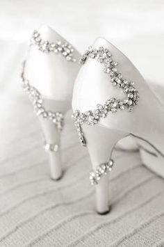 Shoesday Tuesday!  We love the subtle hint of sparkle on these wedding-ready heels by Badgley Mischka!