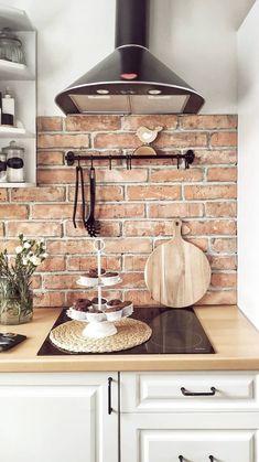 Modern Farmhouse Kitchens, Farmhouse Kitchen Decor, Kitchen Redo, Home Decor Kitchen, Kitchen Styling, Home Kitchens, Kitchen Ideas, Island Kitchen, Backsplash Ideas For Kitchen