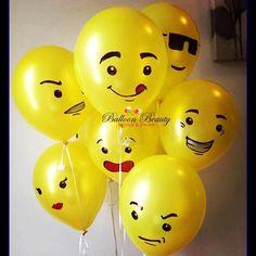 Ultieme Lego-feestideeën van Balloon Beauty Design & Decor - New Ideas Lego Party Decorations, Lego Party Games, Lego Themed Party, Kids Party Themes, Balloon Decorations, Party Ideas, Party Emoji, Lego Balloons, Deco Lego