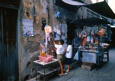 50 Vivid Color Photographs Capture Street Life of Bangkok, Thailand in 1984