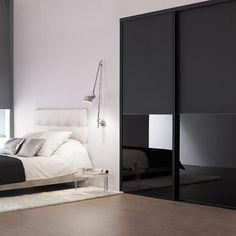Modern Master Bedroom, Modern Bedroom Design, Master Bedroom Design, Wall Wardrobe Design, Bedroom Wardrobe, Bedroom Furniture, Bedroom Decor, Smart Home Design, Bedroom Cupboard Designs