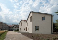 Mitoyennes Residence / LRS Architects