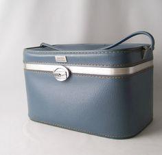 vintage train case blue amelia earhart retro travel gear fashion style luggage suitcase makeup cosmetic case overnight weekender. I wish I kept my grandmas mint colored one
