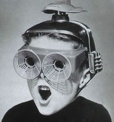 Upgrading to 3-D, double-HD, Blueray DVD, HD-double-D-TV    wow-thing by x-ray delta one, via Flickr