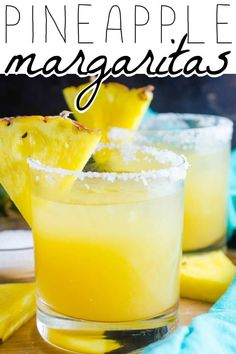 You Have Meals Poisoning More Normally Than You're Thinking That Pineapple Margarita - A Pineapple Margarita Just Screams Tropical Vacation And Youll Be Transported To Your Happy Place When You Make Our Super Easy And Super Delicious Recipe Party Drinks, Cocktail Drinks, Fun Drinks, Yummy Drinks, Cocktail Recipes, Yummy Food, Mixed Drinks, Cocktails, Dinner Recipes