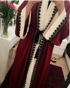 Hijab Fashion Selection of over 100 looks in trendy and chic Abaya Hijab Fashion 2017, Arab Fashion, Islamic Fashion, Muslim Fashion, Modest Fashion, Girl Fashion, Fashion Outfits, Abaya Pattern, Mode Kimono