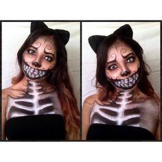 Dark Cheshire Cat makeup Diy Costumes, Costume Ideas, Halloween Costumes, Halloween Makeup, Halloween Crafts, Cheshire Cat Makeup, Fx Makeup, Contours, Mad