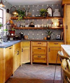 DIY home decor hacks! # bohemian DIY home decor hacks! home , DIY home decor hacks! Boho Kitchen, Kitchen Styling, New Kitchen, Kitchen Interior, Kitchen Ideas, Moroccan Tiles Kitchen, Kitchen Themes, Eclectic Kitchen, Design Kitchen