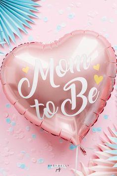 """Rosafabener Folienballon in schöner Herzform für deine Mädchen-Babyparty, der weiße Schriftzug """"Mom to Be"""" darauf ist mit drei kleinen goldenen Herzchen verziert. Der dezent glänzende Herzballon ist für Helium (Ballongas) oder Luftfüllung geeignet. Größe, gefüllt: ca. 35 cm Reveal Parties, Gender Reveal, Outdoor Decor, Pink, Madness, Boy Or Girl, Balloons, Decorating Ideas, Kids"""