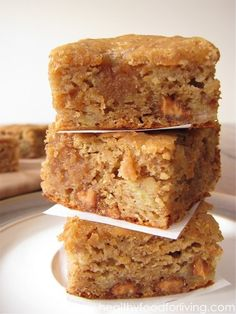 peanut butter honey banana blondies. These are healthy and very delicious! - Gotta try them!