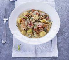 Chicken, bacon & potato stew      http://www.ibssanoplus.com/low_fodmap_chicken_bacon_stew.html