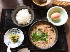 関西風肉うどん と とろろご飯セット