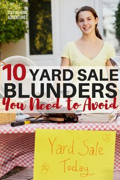 Want to earn some extra cash host a yard sale! Before you do learn 10 yard sale mistakes you need to avoid this season if you want to make fast cash. Ways To Earn Money, Money Tips, Money Saving Tips, Way To Make Money, Money Savers, Garage Sale Organization, Garage Sale Tips, Garage Sale Pricing, Frugal Living Tips