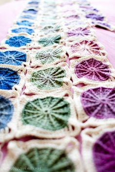 Sunny Spread Blanket  #kollabora #diy #crochet
