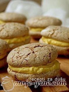 Padobranci - domaći Macarons Bakery Recipes, Cookie Recipes, Dessert Recipes, Macarons, Mexican Food Recipes, Sweet Recipes, Rodjendanske Torte, Praline Recipe, Macaroon Cookies