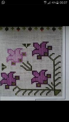 This Pin was discovered by Ayş Embroidery Patterns Free, Crewel Embroidery, Beading Patterns, Cross Stitch Patterns, Embroidery Designs, Palestinian Embroidery, Bargello, Cross Stitch Flowers, Cross Stitching