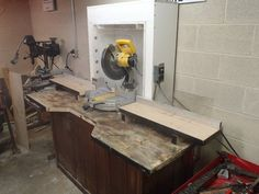 dustless miter saw station