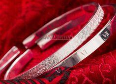 Couple Bracelets, Love Bracelets, Cartier Love Bracelet, Bangles, Cheap Silver Jewelry, Crystal Jewelry, Crystals, Style, Bracelets
