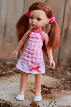 Paola Reina Cristi - This sweet doll is from the Las Amigas collection.  Love her red, red hair!