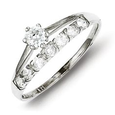 Sterling Silver Row and Solitaire CZ Ring. Metal Wt- 1.84g