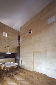 リビング: 川添純一郎建築設計事務所が手掛けたミニマルです。