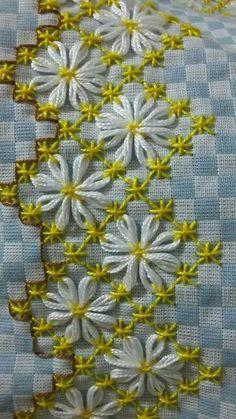 Bordado em tecido xadrez - Amostra de Bordado (Detalhes so