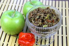 Kuchela: Trinidad & Tobago condiment of grated unripe mango or apple with scotch bonnet chillies and spices. Trinidadian Recipes, Guyanese Recipes, Jamaican Recipes, Indian Food Recipes, Vegan Recipes, Cooking Recipes, Guyana Food, Pickled Apples, Kitchens
