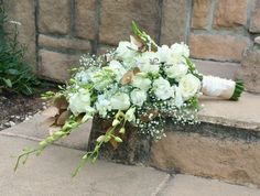Cascading bridal bouquet in whtie and gold. Floral Design  & flower colouring by www.pinkenergyfloraldesign.co.za Cascading Bridal Bouquets, Colorful Flowers, Colouring, Floral Design, Floral Wreath, Wreaths, Pink, Gold, Decor