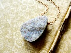 M i s t... A sparkly druzy on rose gold spring by CrowandIris, $55.00