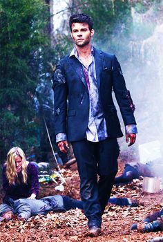 Even amidst wreckage and chaos, Elijah Mikaelson's hair remains immaculate. How is that?